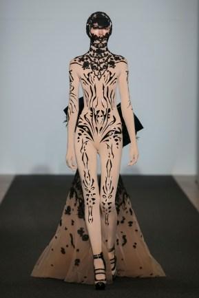 ON-AURA-TOUT-VU-Couture-SS16 -JET-LAG-Paris Look 14 (2)