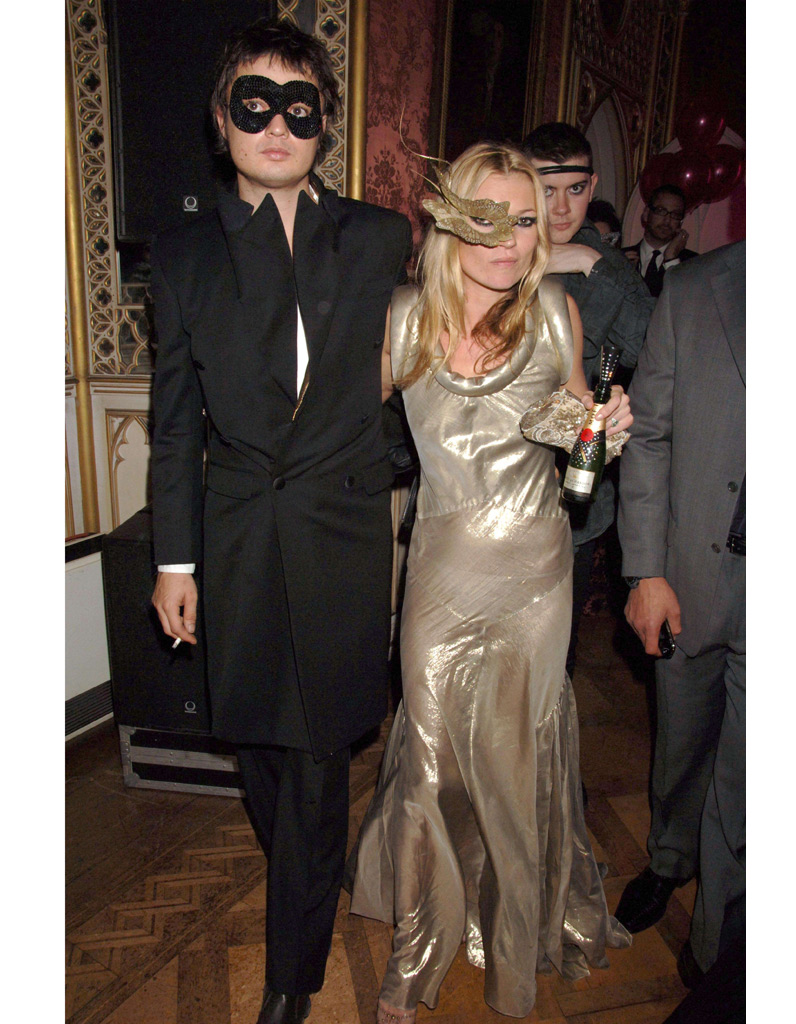 Kate-Moss-et-Pete-Doherty-a-la-Moet-and-Chandon-en-2006