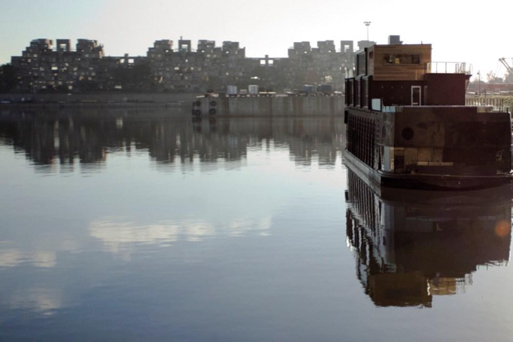 Détente sur l'eau à bord du traversier du spa Bota-Bota