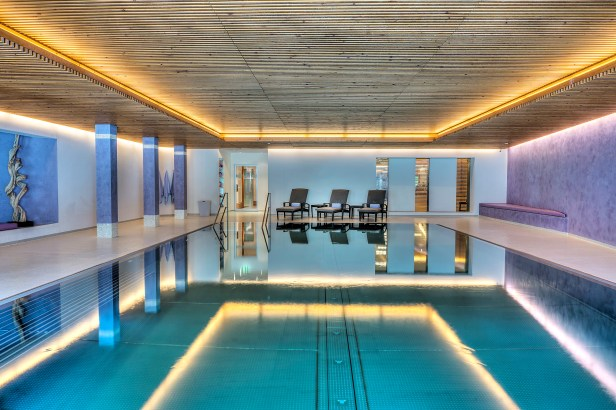 spa indoor saltwater pool 2