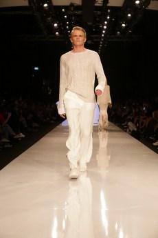 שי שלום שבוע האופנה גינדי 2017 צילום אבי ולדמן _041