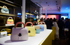Burberry celebrates the launch of the DK88 bag collection_002
