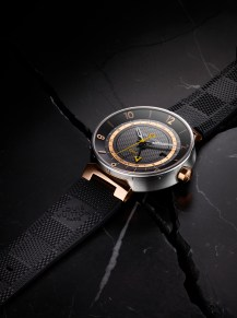 Tambour Moon GMT Black steel and pink gold 2