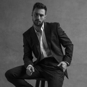 Givenchy Parfums a annoncé sa collaboration avec l'acteur anglais Aaron Taylor-Johnson