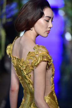 Guo Pei FW17-18 Couture- Details 7