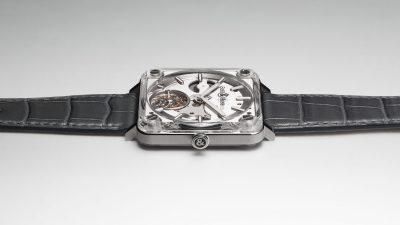 Bell & Ross dévoile la vidéo de sa montre BR-X2 Tourbillon Micro-Rotor