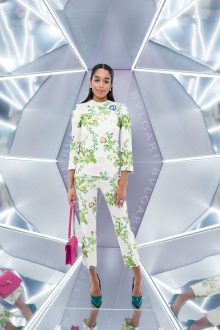 Laura HARRIER.. Bulgari 5th avenue Opening. Met Cloisters. NYC. U.S.A. 10/2017 © david atlan