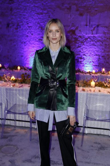BERLIN, GERMANY - OCTOBER 11: Lisa Hahnbuck attends the Moncler X Stylebop.com launch event at the Musikbrauerei on October 11, 2017 in Berlin, Germany. (Photo by Sebastian Reuter/Getty Images for Moncler X Stylebop.com) *** Local Caption *** Lisa Hahnbuck
