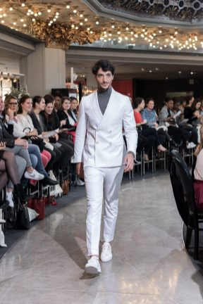 Look 13 - Costume Hugo Boss au PRINTEMPS 745€