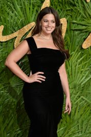 LONDON, ENGLAND - DECEMBER 04: Ashley Graham attends The Fashion Awards 2017 in partnership with Swarovski at Royal Albert Hall on December 4, 2017 in London, England. (Photo by Jeff Spicer/BFC/Getty Images)