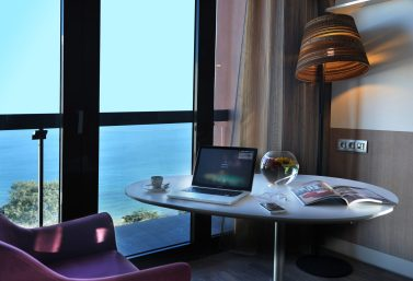 Chambre premium supérieur_vue mer_Pullman Dakar Teranga (2)