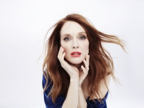 Julianne Moore_bio