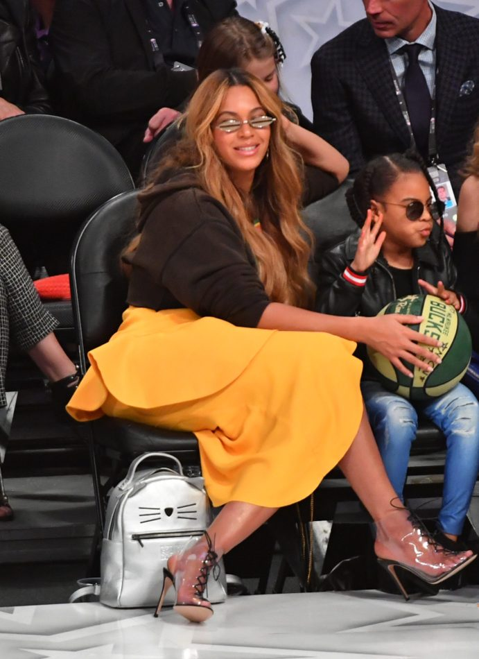LOS ANGELES, CA - FEBRUARY 18: Recording artist Beyoncé looks on during the NBA All-Star Game as a part of 2018 NBA All-Star Weekend at STAPLES Center on February 18, 2018 in Los Angeles, California. NOTE TO USER: User expressly acknowledges and agrees that, by downloading and/or using this photograph, user is consenting to the terms and conditions of the Getty Images License Agreement. Mandatory Copyright Notice: Copyright 2018 NBAE (Photo by Jesse D. Garrabrant/NBAE via Getty Images)