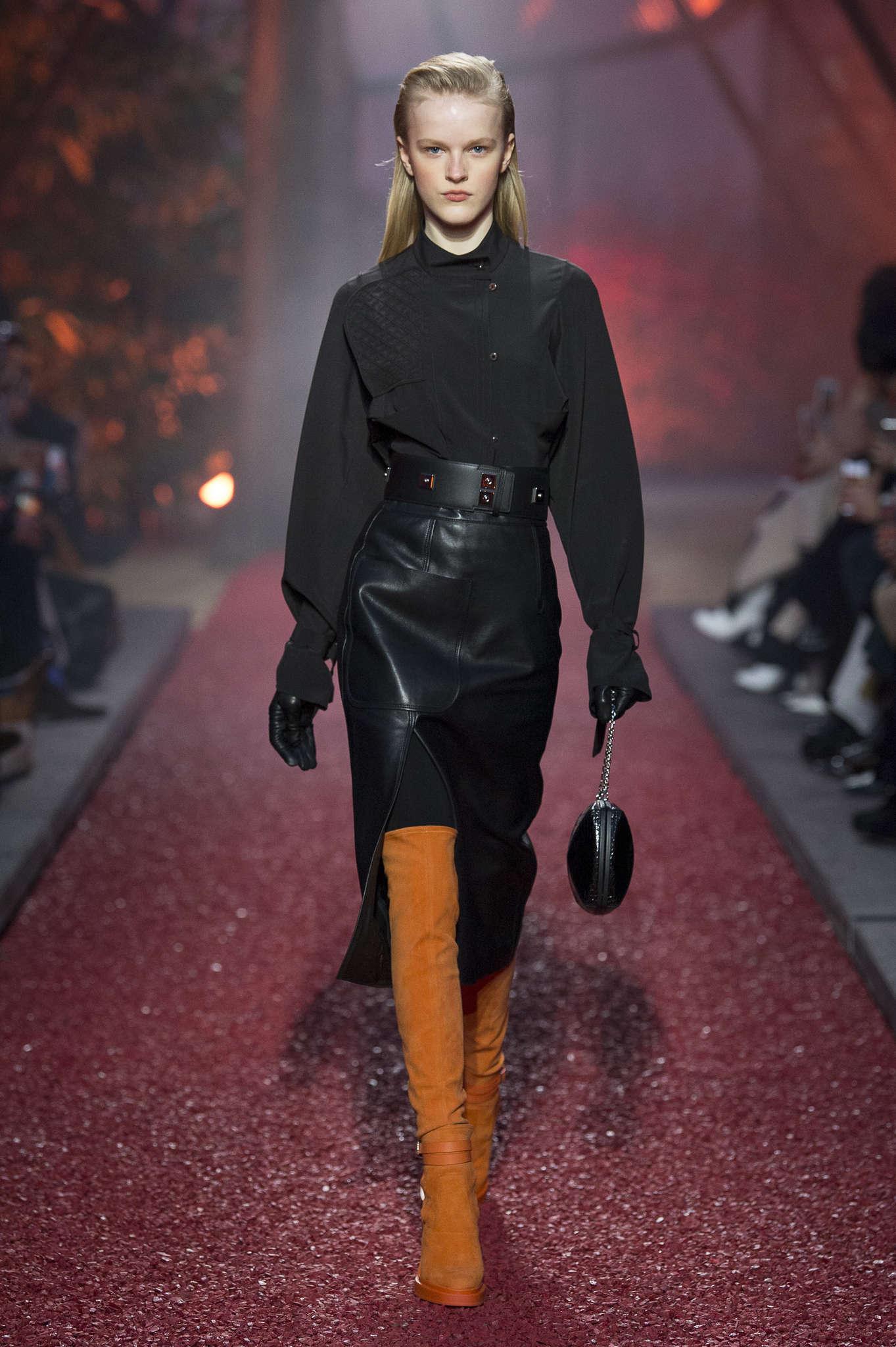 Noir et Orange / Orange is the New Black ? Hermès