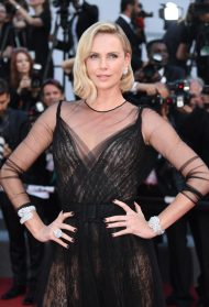 Charlize Theron wears the Garden of Kalahari at the Cannes Film Festival (2017)