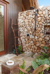 Villa_and_Suite_Outdoor_Rain_Shower_[7207-LARGE]