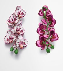 848046-9001 Orchid earrings from the Red Carpet Collection