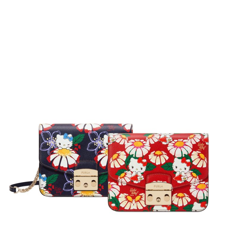 953163_953158_BOD2_HELLO KITTY S CROSSBODY_RUBY_5B