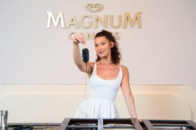 EDITORIAL USE ONLY Bella Hadid makes their very own personalised Magnums at the Magnum x Alexander Wang event in Cannes. PRESS ASSOCIATION Photo. Picture date: Thursday May 10, 2018. Photo credit should read: Matt Crossick/PA/Magnum