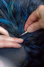 Making of - Feather Necklace from the Red Carpet Collection (15)