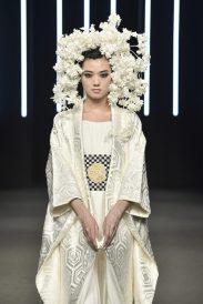 091_Kristy-Sparow_Yumi-Katsura_Haute-Couture-FW18-19