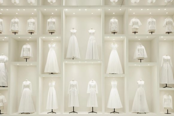 DIOR_HAUTE COUTURE_AUTUMN-WINTER 2018-19_SCENOGRAPHY_ © ADRIEN DIRAND (21)