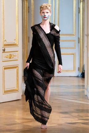 Photos défilé : fashion show Patuna Couture Carré d'As Collection automne hiver : fall winter 2018 2019 PFW - © Imaxtree 15