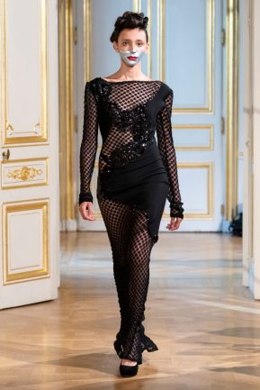 Photos défilé : fashion show Patuna Couture Carré d'As Collection automne hiver : fall winter 2018 2019 PFW - © Imaxtree 16