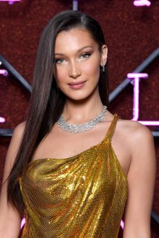 ROME, ITALY - JUNE 28: Bella Hadid attends BVLGARI Dinner & Party at Stadio dei Marmi on June 28, 2018 in Rome, Italy. (Photo by Daniele Venturelli/Daniele Venturelli/Getty Images for Bvlgari )