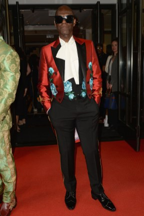 NEW YORK, NEW YORK - MAY 06: Dapper Dan departs The Mark Hotel for the 2019 'Camp: Notes on Fashion' Met Gala on May 06, 2019 in New York City. (Photo by Andrew Toth/Getty Images for The Mark Hotel)