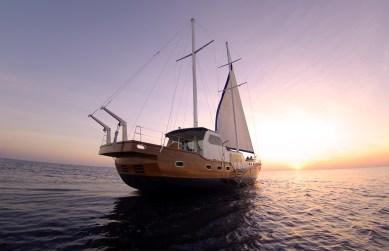 Anantara Kihavah - Ocean Whisperer Yacht