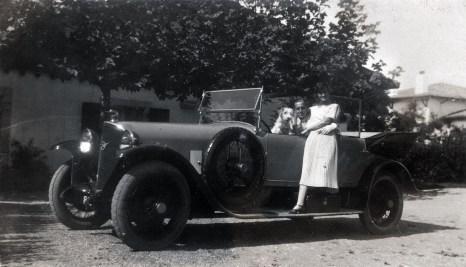 1924 Villa Ama Ttikia Chanel et Dmitri en voiture