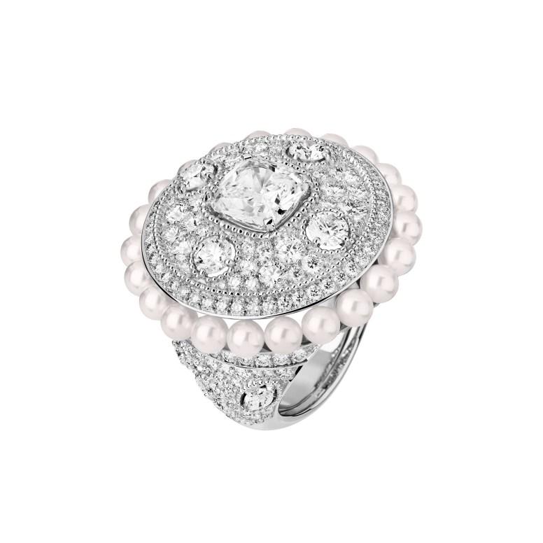 Broderie Byzantine ring J63765
