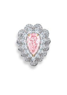 Pear-shaped_24-carat_fancy_pink_diamond_and_fancy-cut_white_diamonds_335cts