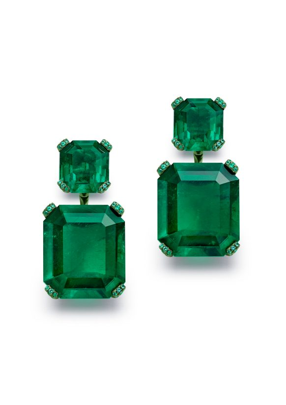 two_octagonal-cut_256_and_252-carat_emeralds_two_64_and_63-carat_emeralds_and_brilliant_cut_emeralds_Colombia