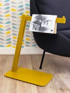 Designer Particulier VICTOR Marque page Jaune plan rapproché HD