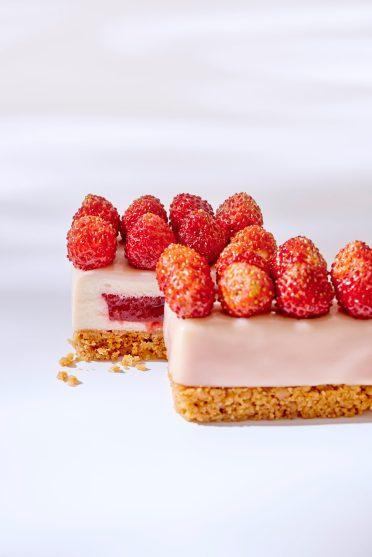 Cheese_cake_fraises des bois - Ritz Paris Le Comptoir - @Bernhard Winkelmann (1)
