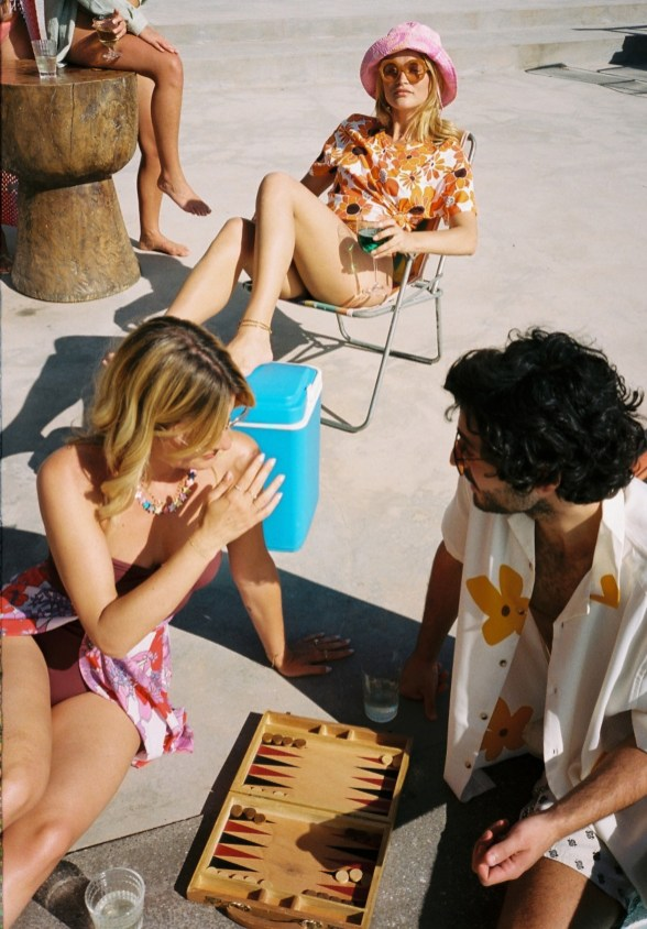 Jimmy Fairly -PLAY-BY-THE-POOL-9269