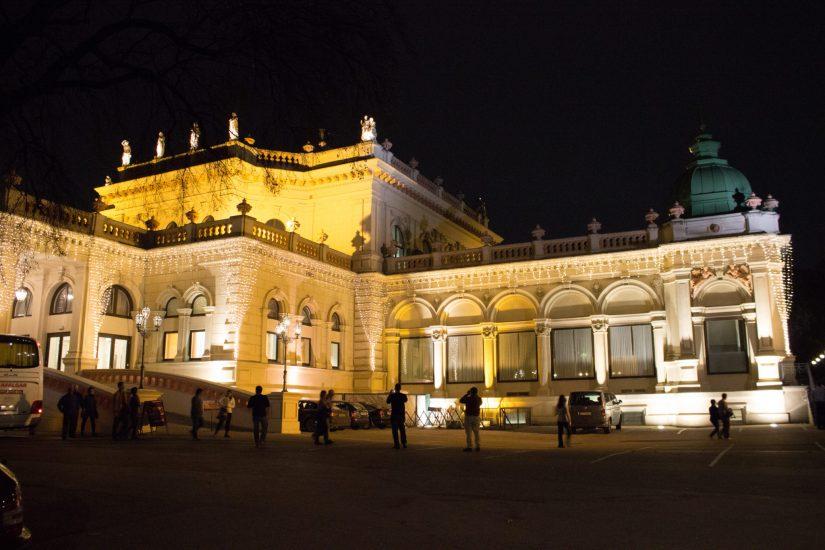 Vienna Theater