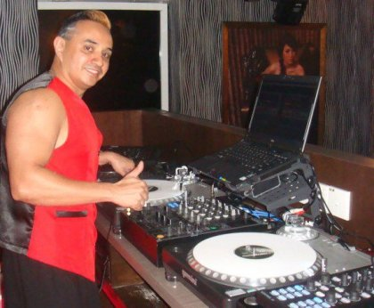 Luxurious Magazine Interview with Malaysian DeeJay Dave Ramana 1