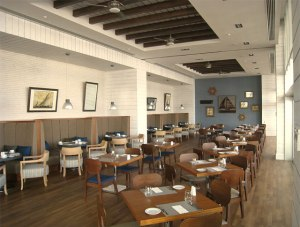 Hemingway's is a lively and elegant restaurant offering formal and casual dinin