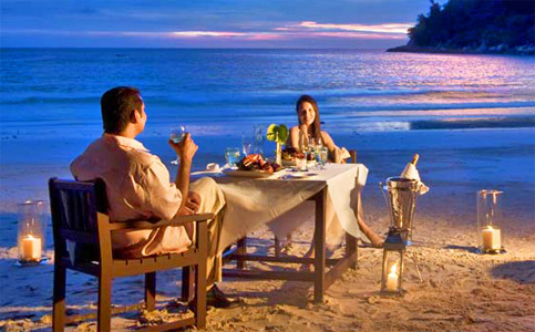 Have a wonderful evening private dining on Emerald Bay