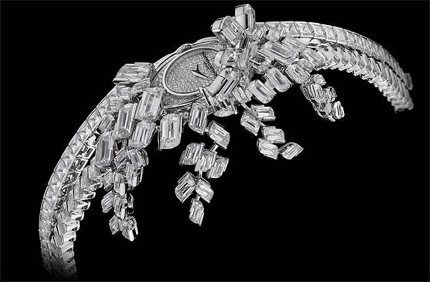 The new Vacheron Constantin 28.70 carat Kalla Haute Couture à Pampilles watch