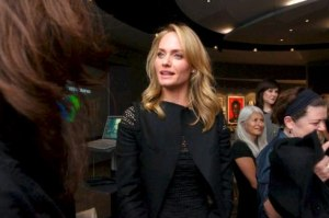 Amber Valletta speaks at the Annenberg Space for Photography. Photo by Unique Jenkins, exclusive for the Annenberg Space for Photography. (PRNewsFoto/The Annenberg Foundation, Unique Jenkins)