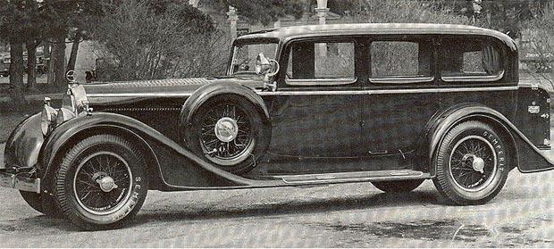 """The Porsche Museum exhibits the Austro Daimler """"Bergmeister"""""""