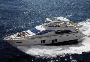 The Azimut 88 Flybridge Superyacht