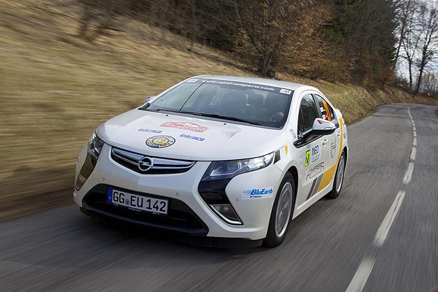 Four Vauxhall Amperas among the top 10 in Monte Carlo rally for alternative propulsion.