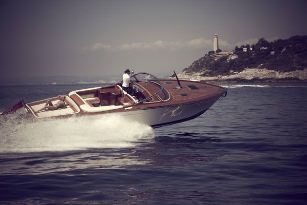 J Craft Boats enters into a global partnership with Carol Joy, the premium beauty products brand.