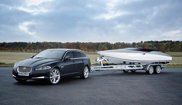 Jaguar Cars has today unveiled an exciting and unique styling concept at the international driving debut of the new Jaguar XF Sportbrake. 'The Concept Speedboat by Jaguar Cars' showcases the design DNA of the British premium luxury and sports car manufacturer in an unexpected and spectacular package.