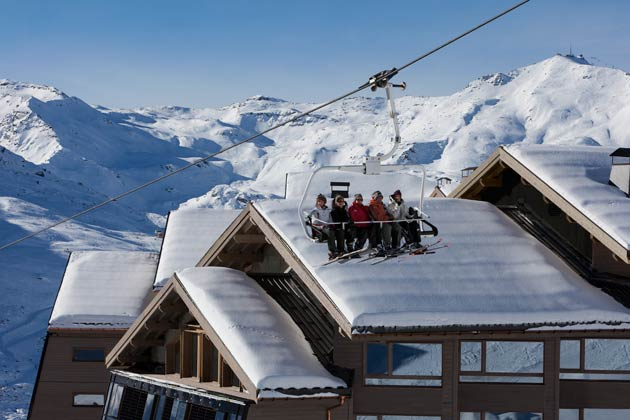 Perfectly situated just off the piste, Altapura is Val Thorens' first five-star hotel, and benefits from stress-free, ski-in/out access, therefore making it a popular choice for keen skiers wishing to catch the first lifts and carve into the day's fresh powder. Hardcore skiers can also benefit from the launch of Val Thorens' fourth Funitel lift which will take passengers up to an altitude of over 3,000m.